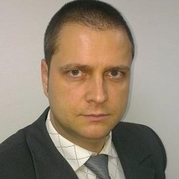Dejan Miklavčić