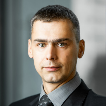 Damian Godos