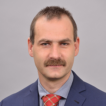 Zoltán Komáromi