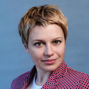 Яна Фролова