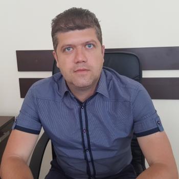 George Apostolov