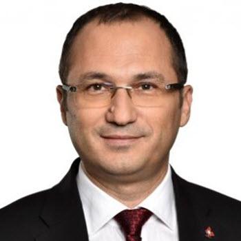 Fahri Öbek